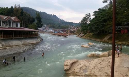 Zdjecie INDONEZJA / Sumatra / Bukit lawang / bukit Lawang