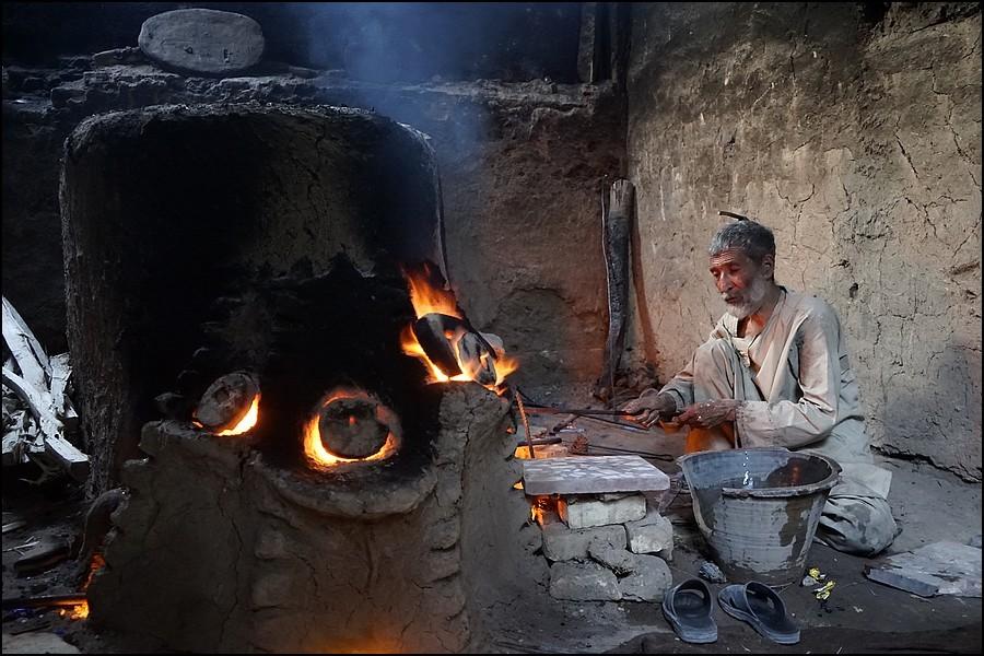 Zdjęcia: Herat, Herat Province, szkło z Heratu, AFGANISTAN