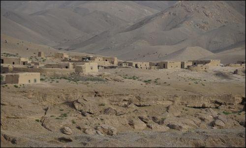 AFGANISTAN / Herat Province / Herat / Gdzieś w górach