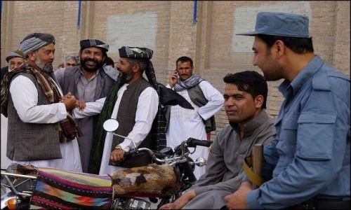 Zdjecie AFGANISTAN / Herat Province / Herat / Na ulicy 5