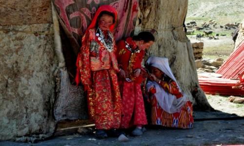 Zdjęcie AFGANISTAN / Wakhan Corridor / Kash Goz / Kirgizkie Księżniczki