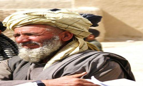 Zdjecie AFGANISTAN / Ghazni / okolice Ghazni / starszy wioski