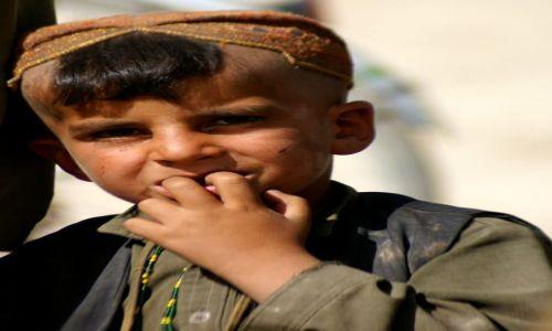 Zdjecie AFGANISTAN / Ghazni / okolice Ghazni / chłopiec