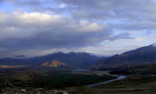 AFGANISTAN / płd Afganistanu / . / Góry są tu pięękne