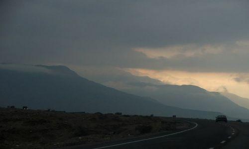AFGANISTAN / Jalalabad / Jalalabad / wiele niezdobytych gór czeka na alpinistów..
