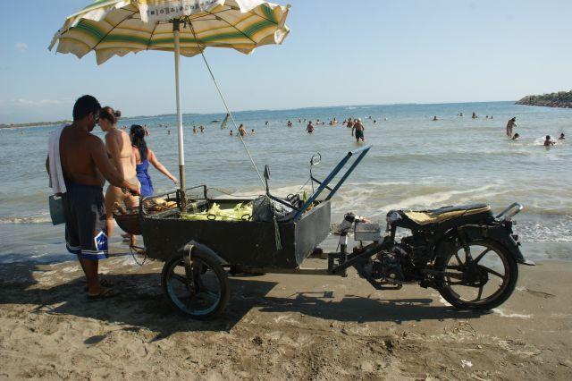 Zdjęcia: Albania, Albania, Sprzedawca, ALBANIA