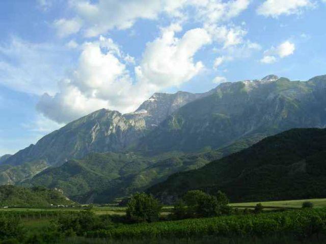 Zdjęcia: droga do Gijrokaster, Najpiękniejsze góry Albanii, ALBANIA