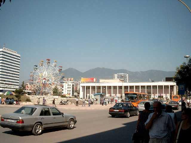 Zdjęcia: Tirana, karuzela, ALBANIA