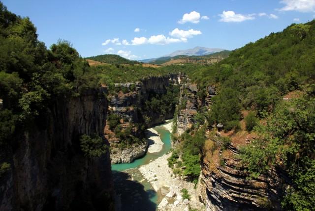 Zdjęcia: Corovoda, Berat, Kanion rzeki Osum, ALBANIA