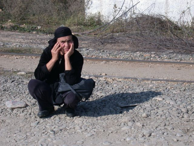 Zdj�cia: Fush Kruja, W oczekiwaniu na autobus, ALBANIA