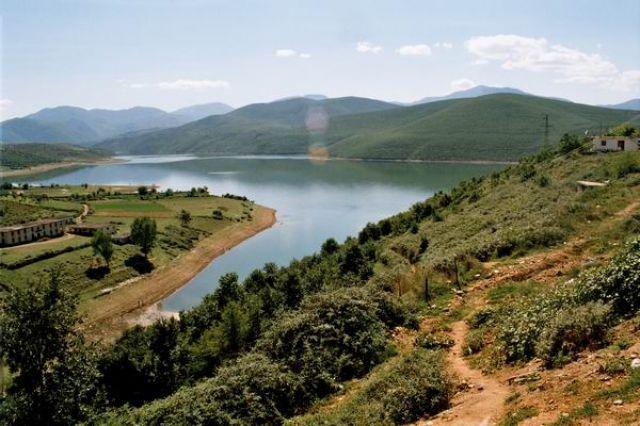 Zdjęcia: Gjegjan, Liqeni i Fieres, ALBANIA