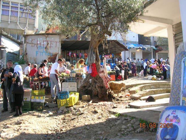 Zdjęcia: Kruja, Albania, targ miejski, ALBANIA