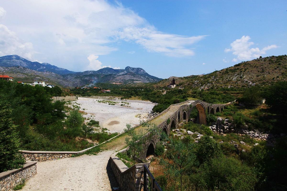 Zdjęcia: Rzeka Kir, Szkodra, Most Mesi, ALBANIA