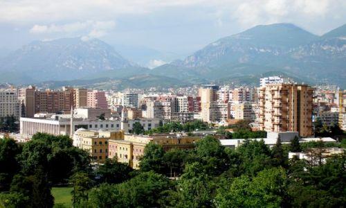 ALBANIA / - / Tirana / Panorama z górami