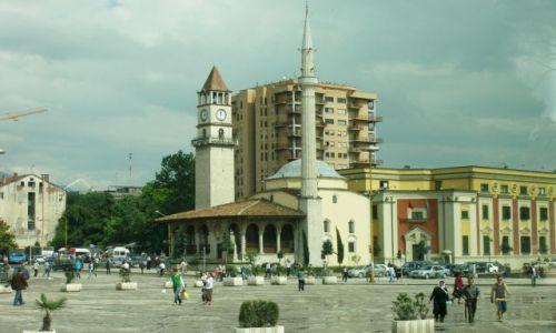 Zdjęcie ALBANIA / - / Tirana / Plac Skantenberga