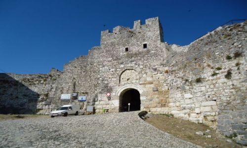 Zdjęcie ALBANIA / Berat / Berat, dzielnica Kala / Wejście do twierdzy
