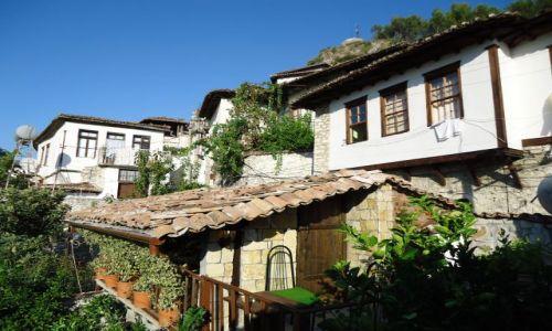 Zdjęcie ALBANIA / Berat / Berat, dzielnica Mangalam / A tu muszę się pochwalić