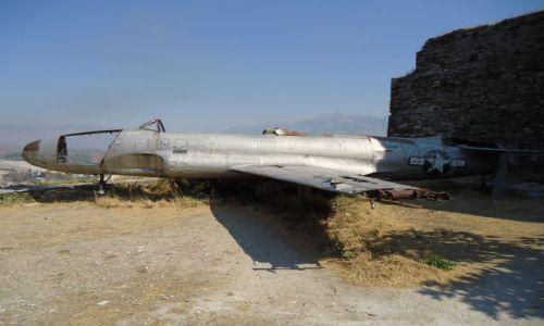 Zdjęcie ALBANIA / Gjirokaster / Gjirokaster / Propagandowa ciekawostka