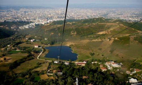ALBANIA / Tirana / Tirana / zjazd do Tirany