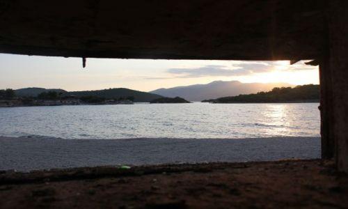 Zdjęcie ALBANIA / - / Ksamil / widok z bunkra