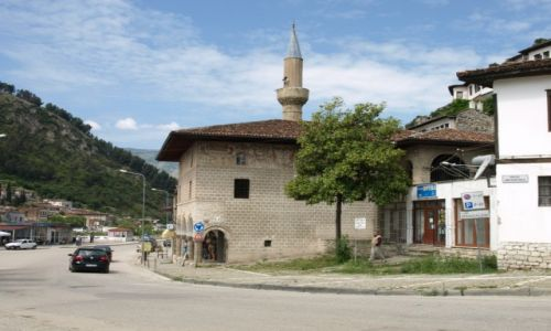 Zdjecie ALBANIA / Berat / Berat / Meczet w Berat