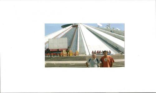Zdjecie ALBANIA / brak / Tirana / Mauzoleum Enwera Hodży- Tirana