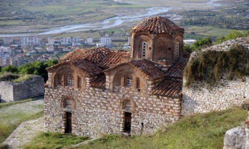ALBANIA / Berat / Wzgórze zamkowe / ...z rozległym widokiem