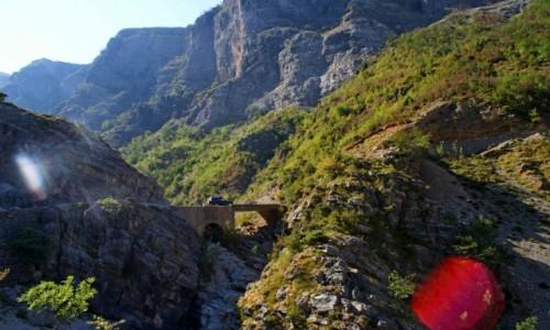 Zdjęcie ALBANIA / Theth / droga / przejazd przez góry przeklęte