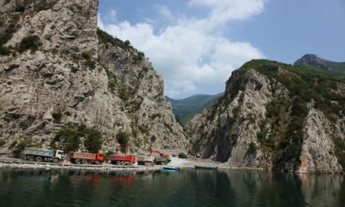 Zdjęcie ALBANIA / Kukes / Jezioro Koman / Budowa