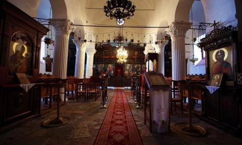 Zdjęcie ALBANIA / Gjirokastra / Starówka / Wnętrze cerkwi