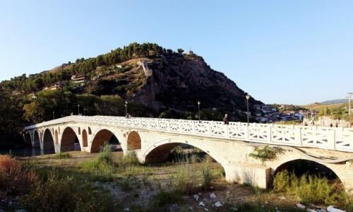 ALBANIA / Berat / Nad rzeką Osum / Most Gorica