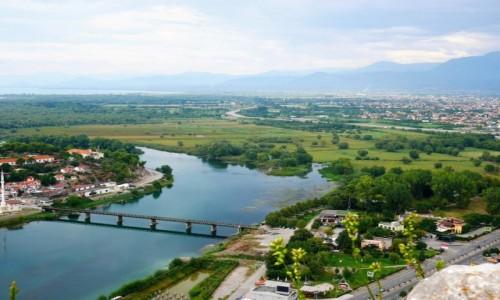 Zdjecie ALBANIA / północno-zach.Albania / z ruin / Buna wypływająca z jeziora Szkoderskiego