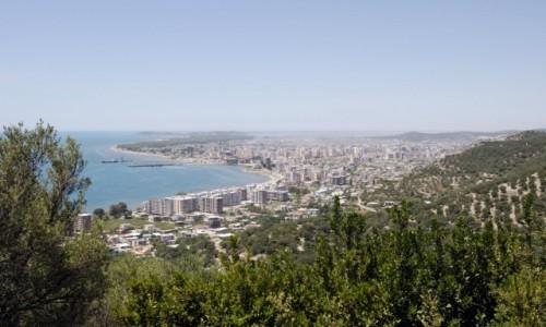 ALBANIA / Wybrzeże Albanii / Vlora / Widok na Vlora