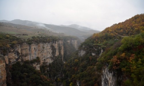 Zdjecie ALBANIA / Berat / Corovode / Wąwóz Osumi