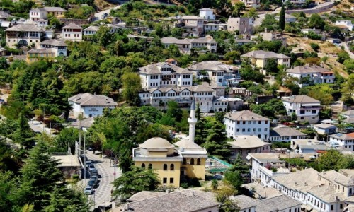 Zdjecie ALBANIA / Gjirokastra / Gjirokastra / Gjirokastra-kamienne miasto