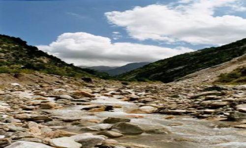 Zdjecie ALBANIA / brak / Góry Korab / Piękna dolina