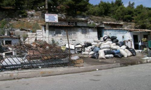 Zdjecie ALBANIA / bałkany / Albania / skup złomu