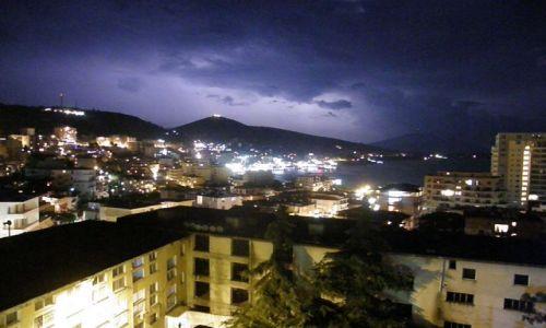Zdjęcie ALBANIA / Bałkany / Sarande / z burzą i z prądem