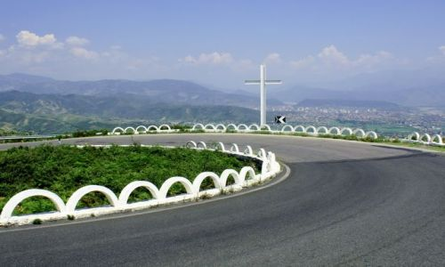ALBANIA / - / Góry Albanii / Zakręt