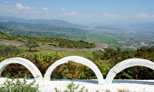 ALBANIA / - / Góry Albanii / Barierki