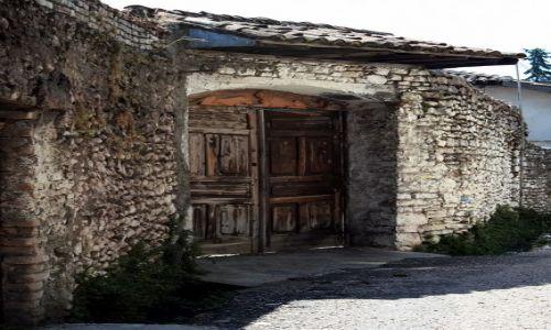 ALBANIA / - / Szkodra / Drzwi - konkurs