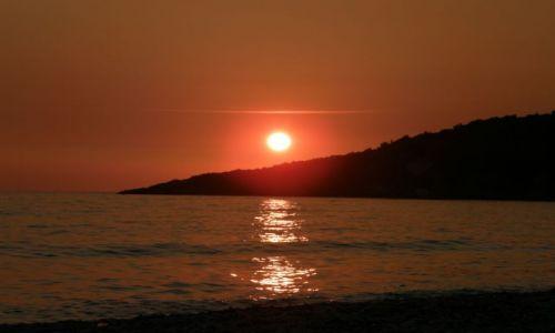 ALBANIA / bałkany / riwiera albańska / zachodzik słoneczka