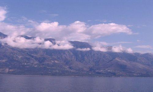 Zdjęcie ALBANIA / Morze Śródziemne / między Italią, Albanią i Grecją / Albańskie góry z morza
