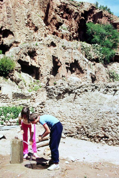 Zdjęcia: Bani Badhel, algieria zachodnia, Beni Badhel- studnia, ALGIERIA