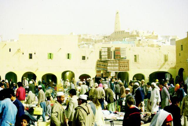 Zdj�cia: Tlemcen, po�udnie- MZab, MZab, rynek w Ghardaii, ALGIERIA