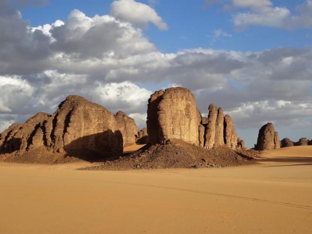 Zdjęcia: Tilalilen - Puste Miejsce do Tańca, Sahara, 9 dni w 7 niebie: Chłonąć ciszę, spokój i piękno ..., ALGIERIA