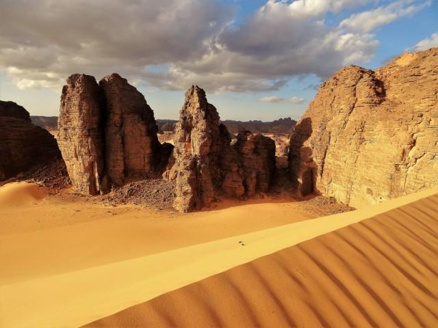 Zdjęcia: Tadrart, Sahara, 9 dni w siódmym niebie - ogromne diuny i niezwykłe formacje skalne - oto Tadrart, ALGIERIA