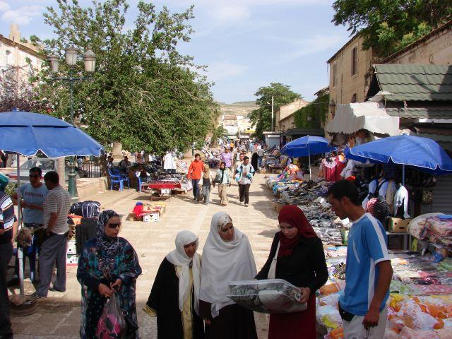 Zdjęcia: targowisko, Tebessa, dziewczyny, ALGIERIA