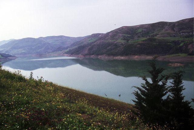 Zdj�cia: Kherata, wsch�d,, zalew  Kherata, ALGIERIA