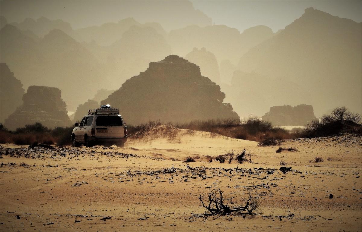 Zdjęcia: Tilalilen, Sahara, 9 dni w 7 niebie: Tilalilen - Puste Miejsce do Tańca, ALGIERIA